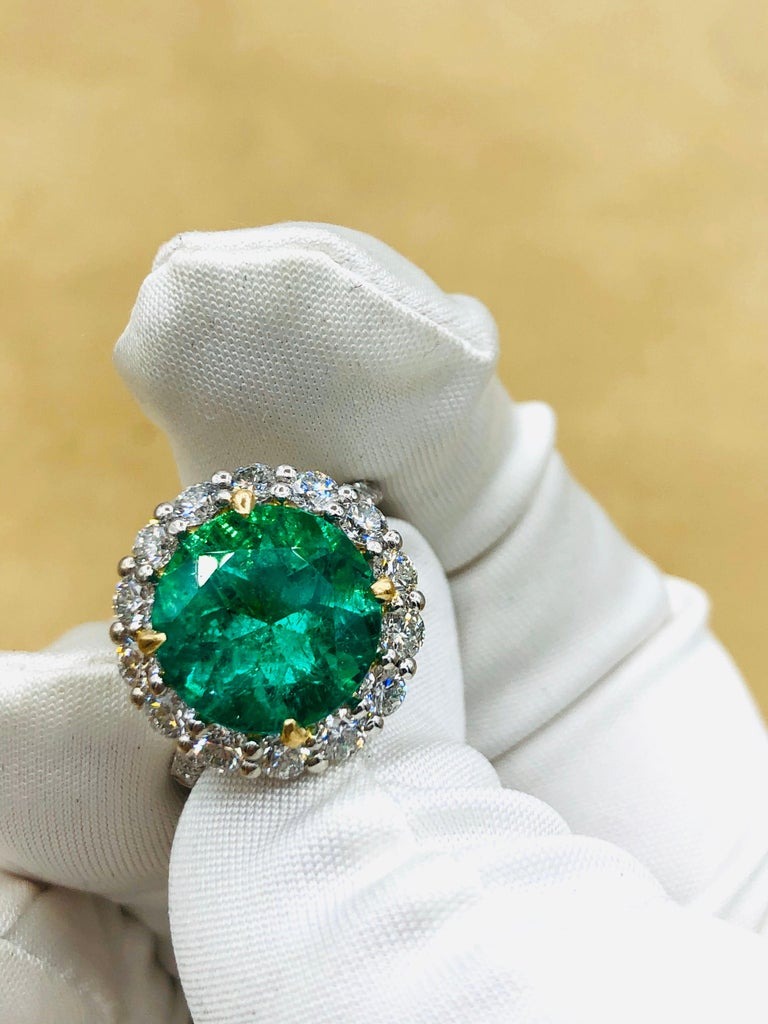 Emilio Jewelry 6.43 Carat Certified Colombian Emerald Diamond Ring For Sale 9