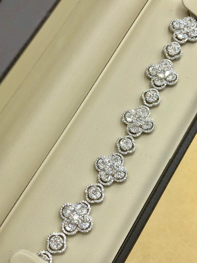 Emilio Jewelry 7.50 Carat Diamond Flower Bracelet For Sale 11