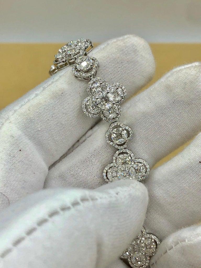 Emilio Jewelry 7.50 Carat Diamond Flower Bracelet For Sale 3