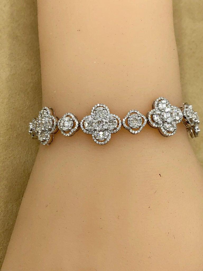 Emilio Jewelry 7.50 Carat Diamond Flower Bracelet For Sale 5