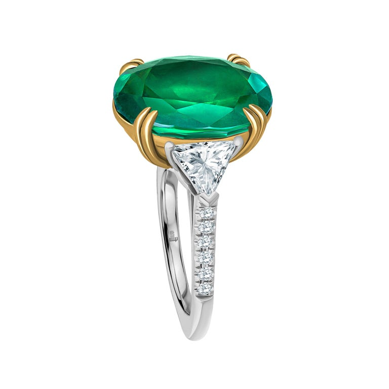 Emilio Jewelry 7.82 Carat Certified Emerald Diamond Ring In New Condition For Sale In New York, NY