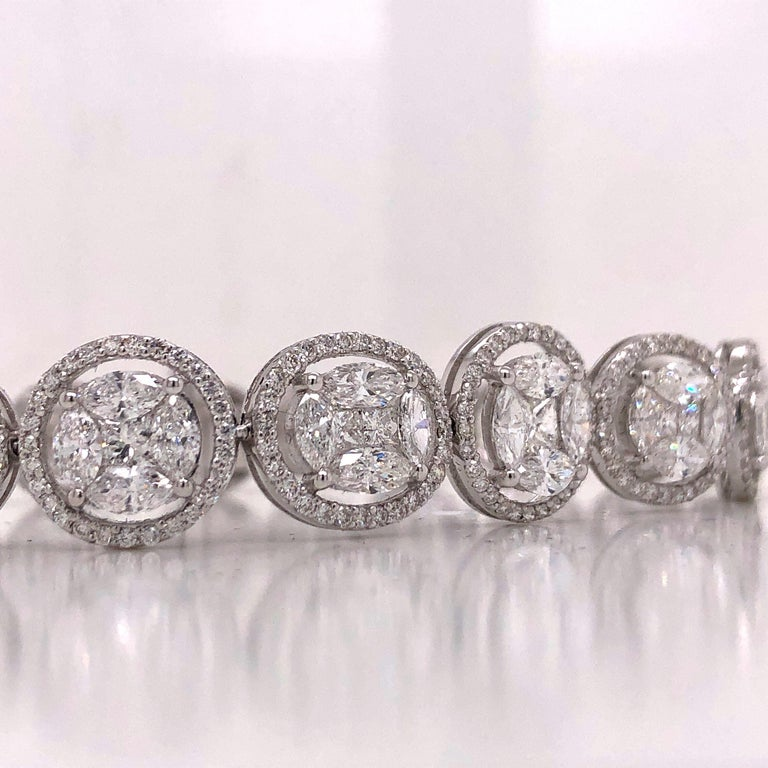 Emilio Jewelry 9.39 Carat Diamond Bracelet In New Condition For Sale In New York, NY