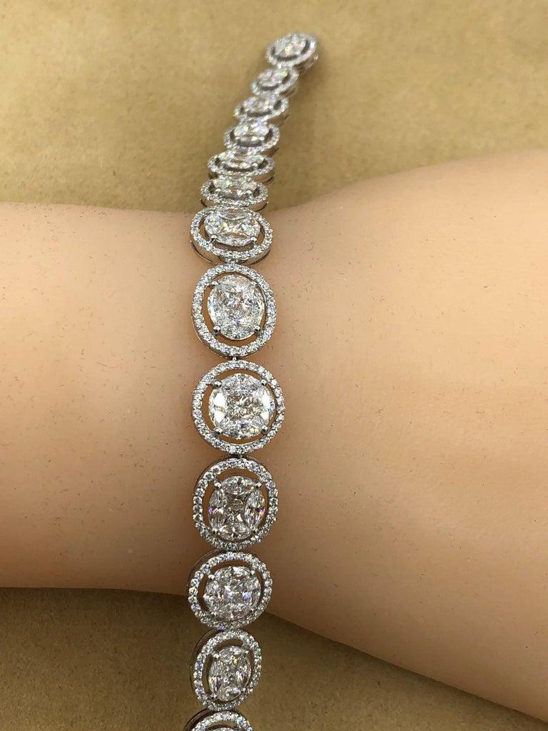 Emilio Jewelry 9.39 Carat Diamond Bracelet For Sale 3