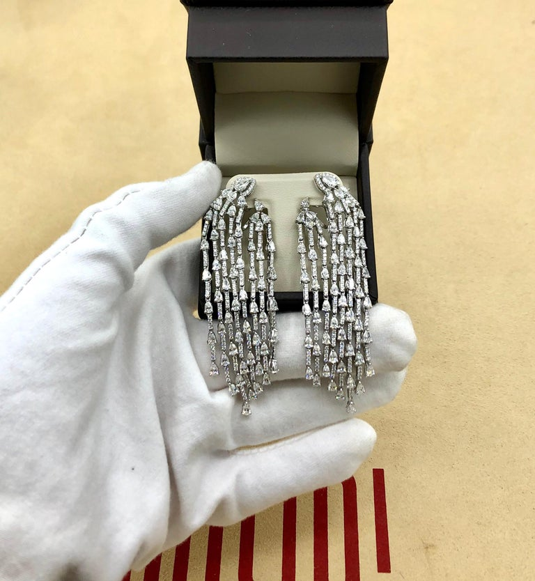 This lovely piece has been designed and manufactured in the Emilio Jewelry Atelier. Our brand is known for our perfection in jewelry making, and cherry picking the very best diamonds for our jewels.  Approx total weight: 9.40 Carats Metal: