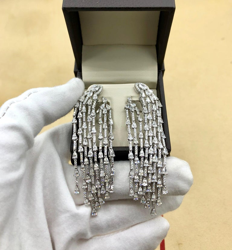 Emilio Jewelry 9.40 Carat Diamond Earrings In New Condition In New York, NY