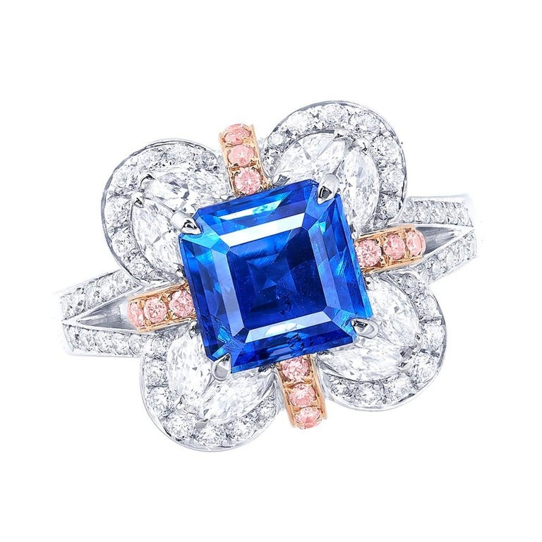 Showcasing a very special and rare unheated 4 carat Kashmir sapphire. We are proud to showcase one of the very few if any at all in this size on market. Hand made in the Emilio Jewelry Atelier, whom specializes in rare collectible pieces in the