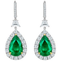 Emilio Jewelry Certified 14.02 Carat Vivid Green Colombian Emerald Earrings
