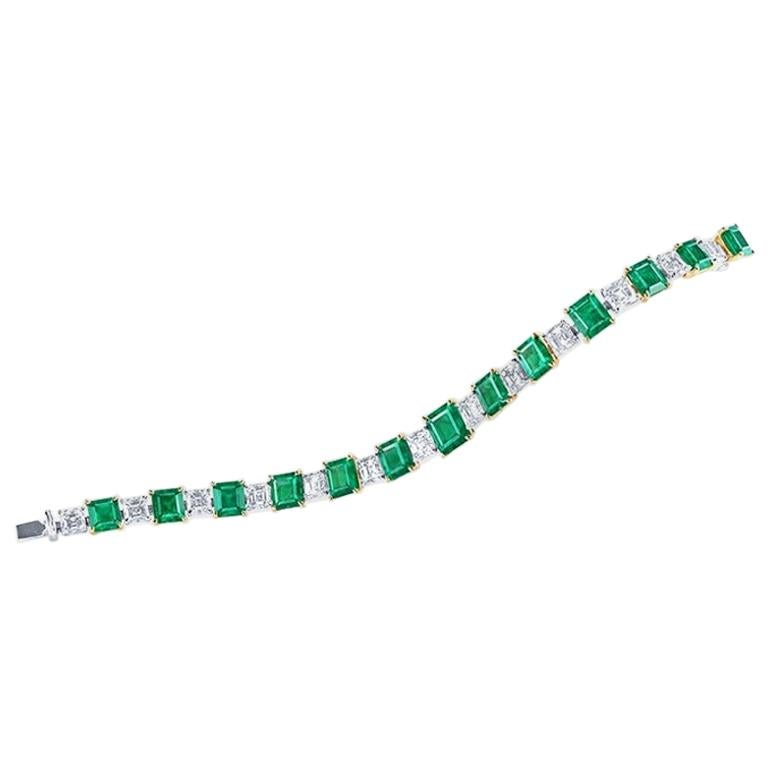 Emilio Jewelry Certified 15.00 Carat Muzo Green Natural Emerald Bracelet