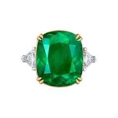 Emilio Jewelry Certified 15.96 Carat Colombian Vivid Green Emerald Diamond Ring