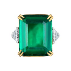 Emilio Jewelry Certified 19.21 Carat Emerald Diamond Ring