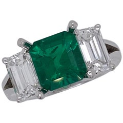 Emilio Jewelry Certified 2.28 Carat No Oil Untreated Colombian Emerald Ring