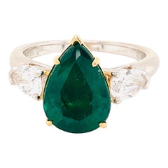 Emilio Jewelry Certified 3.85 Carat Vivid Green Emerald Diamond Ring