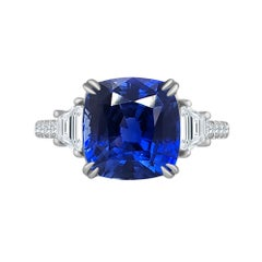 Emilio Jewelry Certified 4.00 Carat Vivid Blue No Heat Sapphire Ring
