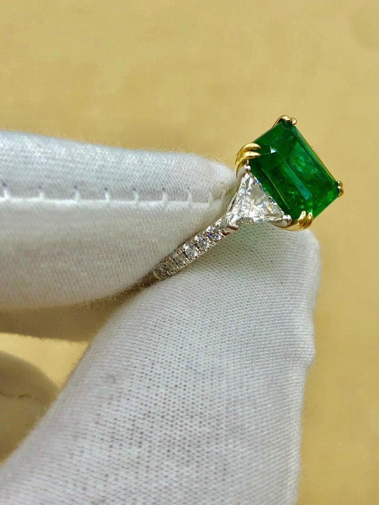 Emilio Jewelry Certified 4.10 Carat Emerald Diamond Platinum Ring For Sale 15