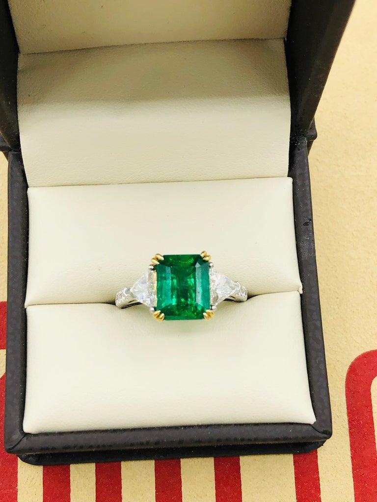 Emilio Jewelry Certified 4.10 Carat Emerald Diamond Platinum Ring For Sale 4
