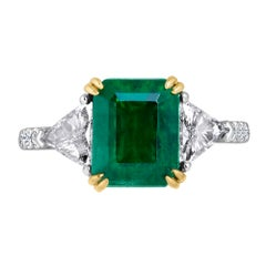 Emilio Jewelry Certified 4.10 Carat Emerald Diamond Platinum Ring