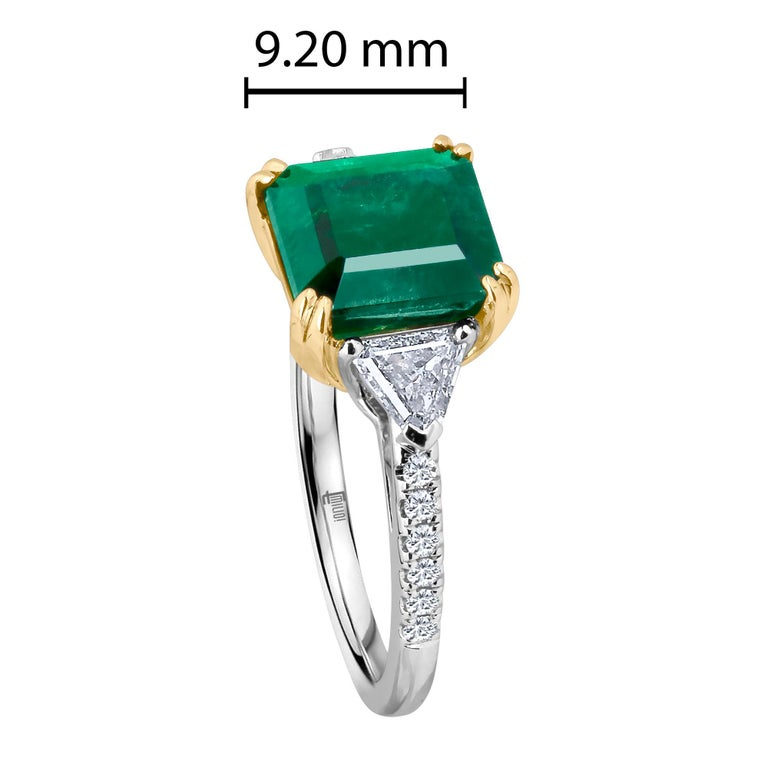 Women's Emilio Jewelry Certified 5.14 Carat Platinum Emerald Diamond Ring For Sale