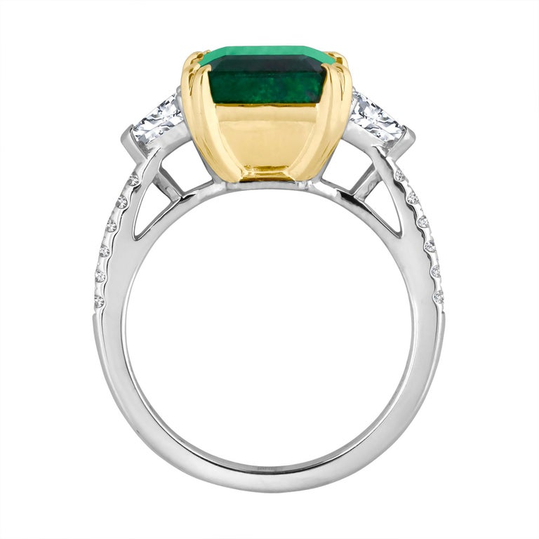 Emilio Jewelry Certified 5.14 Carat Platinum Emerald Diamond Ring For Sale 2