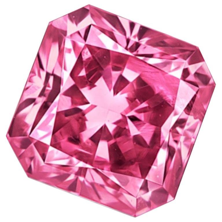Emilio Jewelry Certified .60 Carat Argyle Pink For Sale