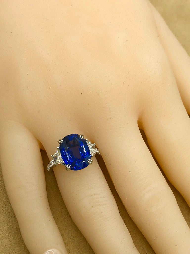 Emilio Jewelry Certified 7.96 Carat Sapphire Diamond Ring For Sale 6