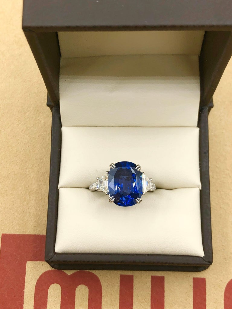 Emilio Jewelry Certified 7.96 Carat Sapphire Diamond Ring For Sale 1
