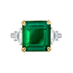 Emilio Jewelry Certified 8.46 Carat Vivid Green Colombian Emerald Diamond Ring