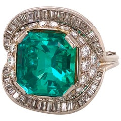 Emilio Jewelry Certified 9.08 Carat No Oil Colombian Emerald Ring