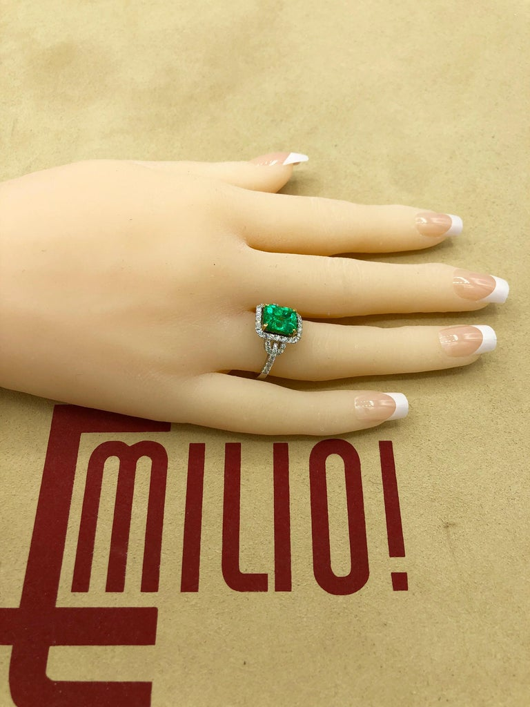 Emilio Jewelry Certified Colombian Emerald Diamond Ring For Sale 8