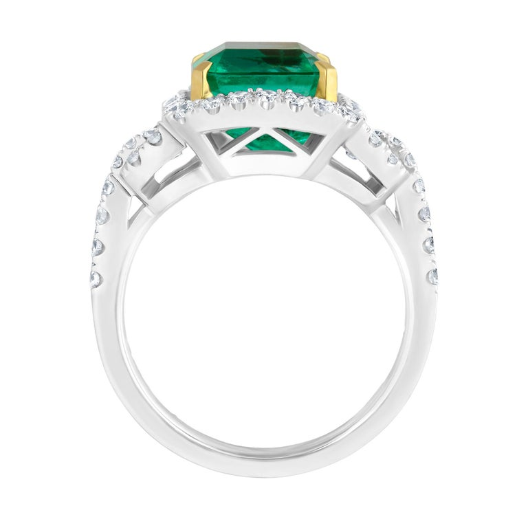 Emilio Jewelry Certified Colombian Emerald Diamond Ring In New Condition For Sale In New York, NY