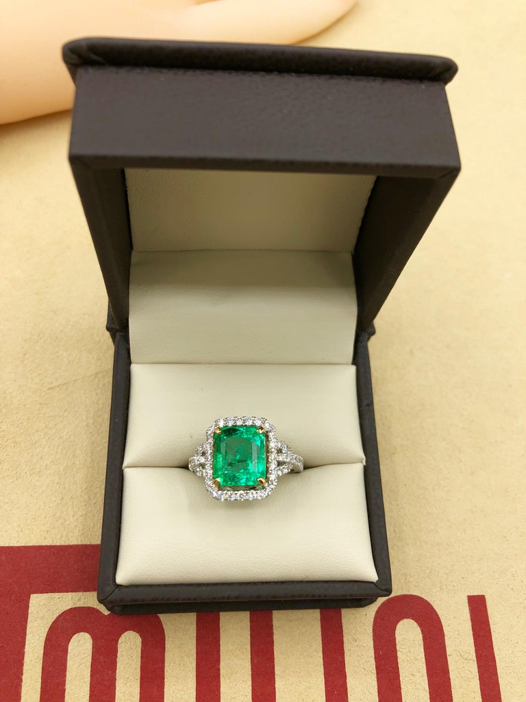 Emilio Jewelry Certified Colombian Emerald Diamond Ring For Sale 2