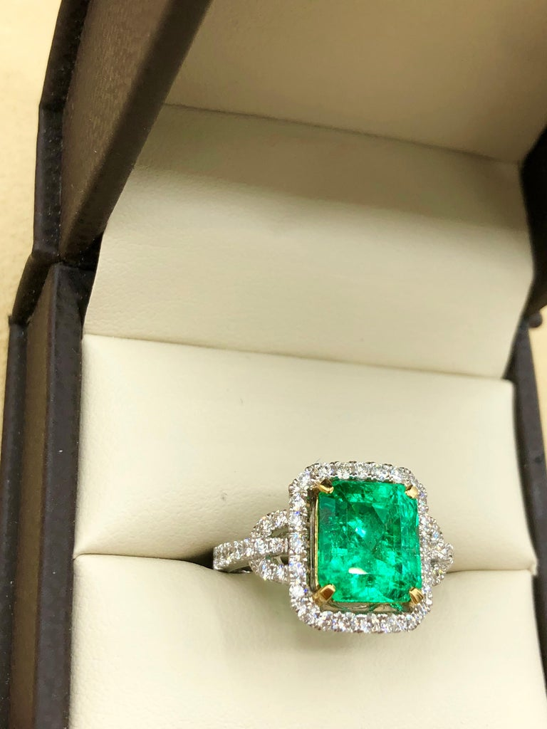 Emilio Jewelry Certified Colombian Emerald Diamond Ring For Sale 4