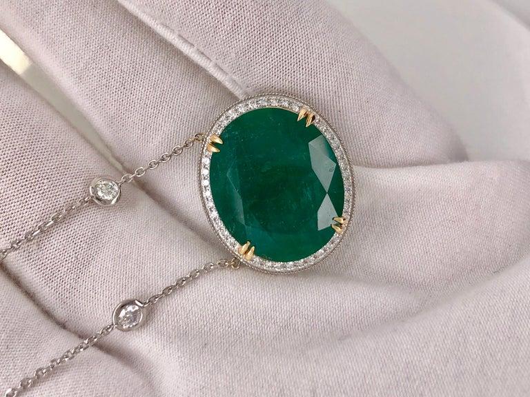 Emilio Jewelry GIA Certified 23.24 Carat Genuine Emerald Diamond Necklace For Sale 2