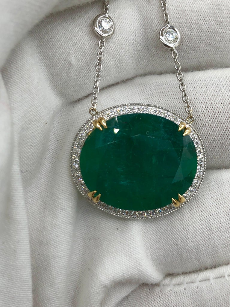 Emilio Jewelry GIA Certified 23.24 Carat Genuine Emerald Diamond Necklace For Sale 3