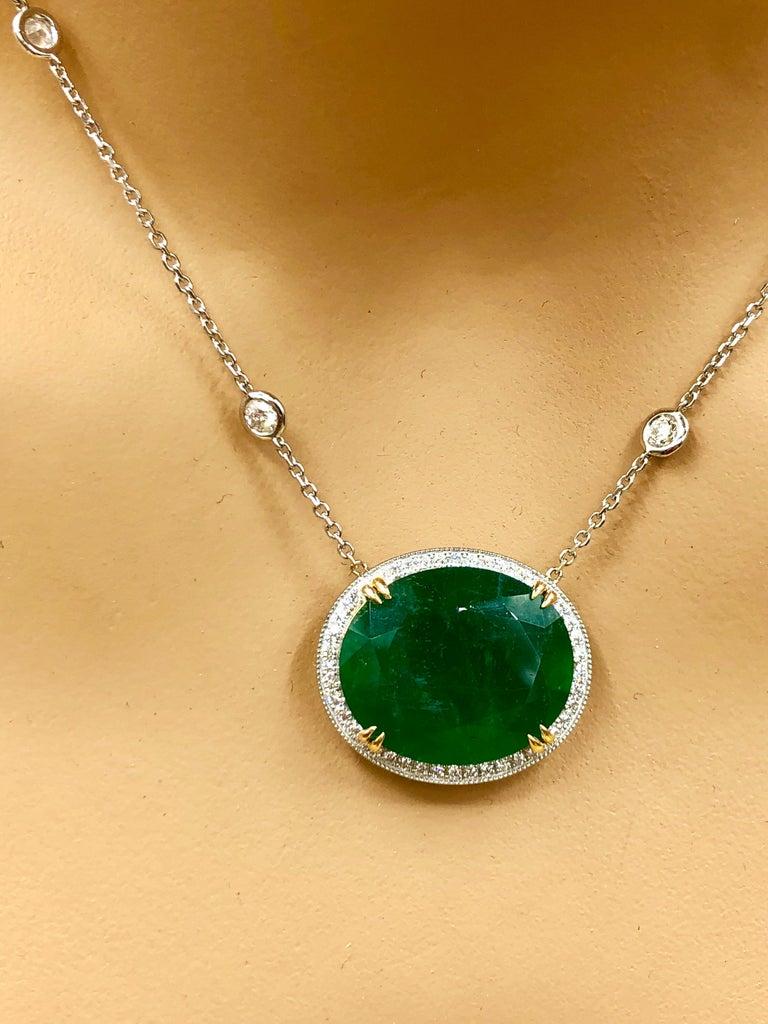 Emilio Jewelry GIA Certified 23.24 Carat Genuine Emerald Diamond Necklace For Sale 4