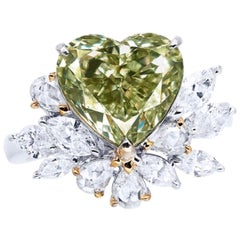 Emilio Jewelry GIA Certified 4.00 Carat Natural Fancy Green Diamond