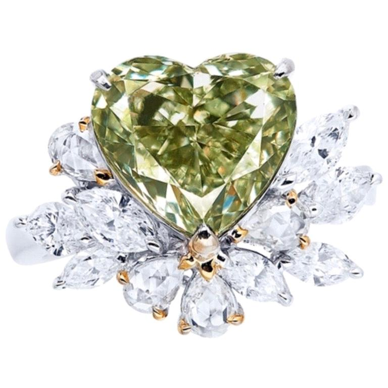 Emilio Jewelry GIA Certified 4.00 Carat Natural Fancy Green Diamond