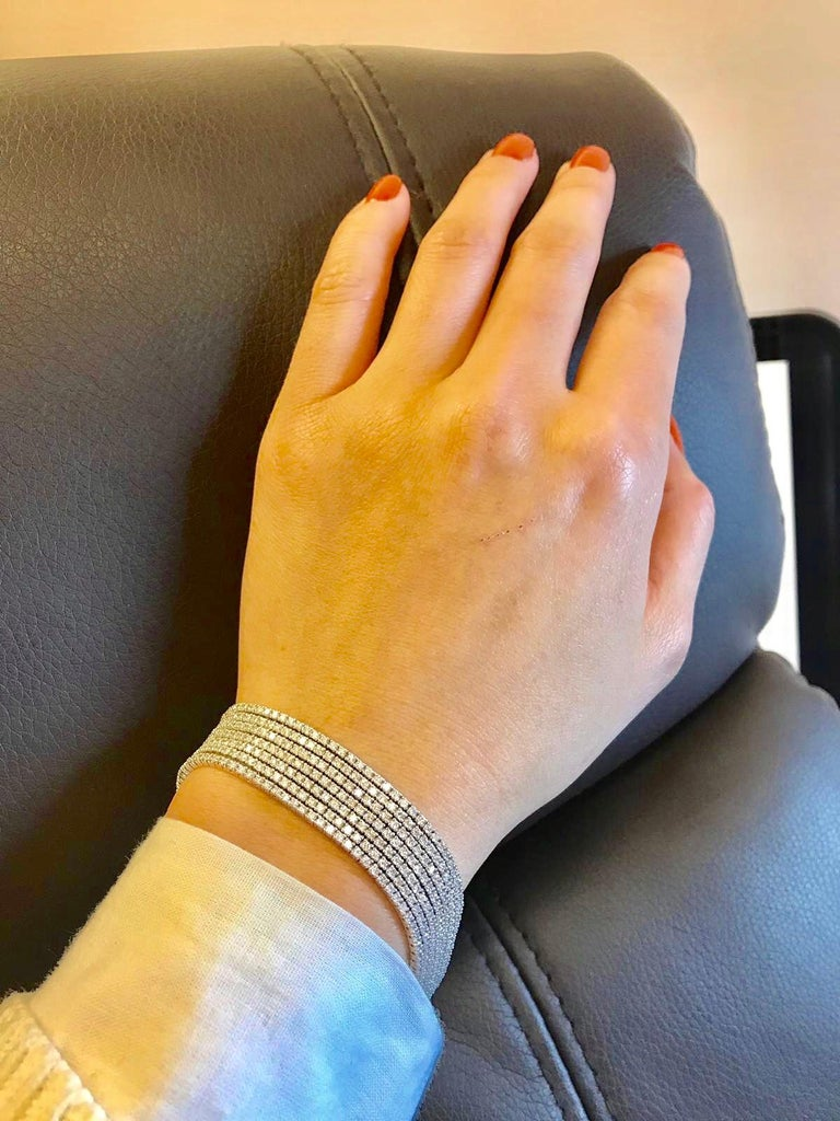 Emilio Jewelry Seven-Row 9.50 Carat Endless Diamond Bracelet For Sale 1