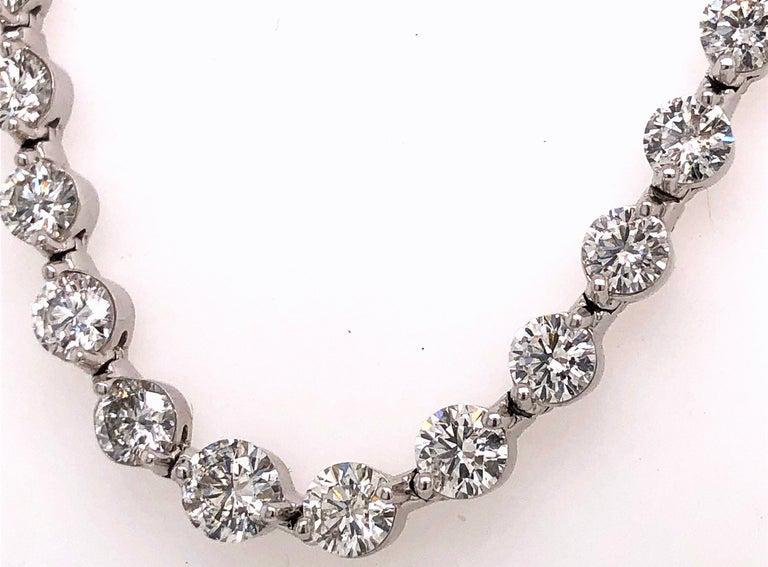 Modern Emilio Jewelry Signature 10.35 Carat Graduating Diamond Riviera Necklace For Sale