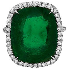 Emilio Jewelry Stunning Large Emerald Ring 17.00 Carat Ring