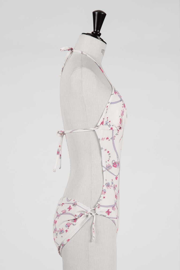 EMILIO PUCCI 1970s White Pink Signature Butterfly Print One-Piece Swimsuit In Excellent Condition For Sale In Munich, DE
