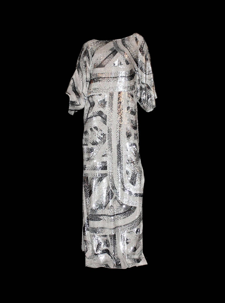 NEW Emilio Pucci Embroidered Silk Sequin Evening Kaftan Maxi Dress Gown  In New Condition For Sale In Switzerland, CH