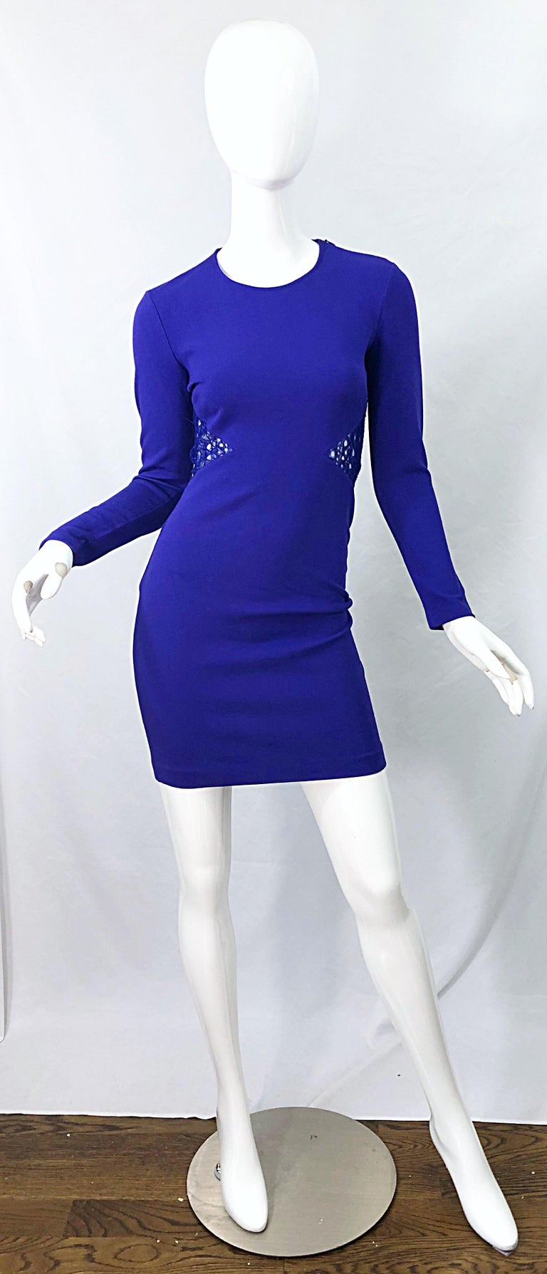 Emilio Pucci Fall 2012 Purple Rayon Lace Cut Out Long Sleeve Bodycon Dress In Excellent Condition For Sale In Chicago, IL