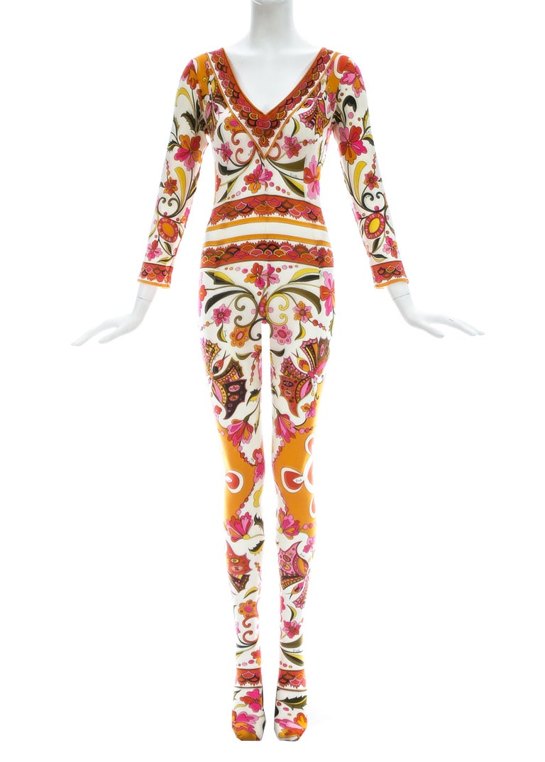 - Orange, pink, green and white floral print  - Deep v-neck   Spring-Summer 1966