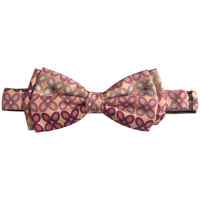 Emilio Pucci Pink and Purple Print Bow Tie Pre-Tied Adjustable For Sale