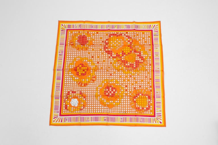 Emilio Pucci Season's Greetings Printed Cotton Pocket Scarf In Excellent Condition For Sale In Geneva, CH