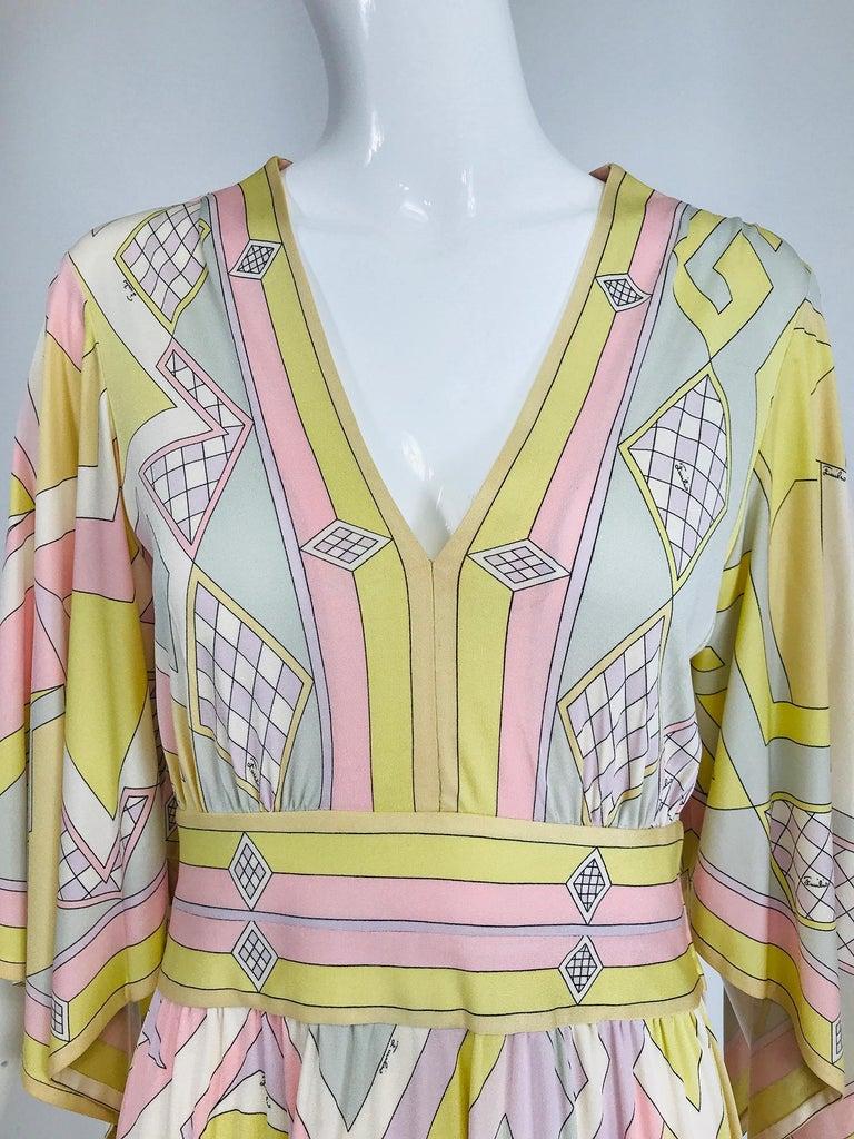 Emilio Pucci Vintage Silk V Neck Kimono Sleeve Day Dress  For Sale 6