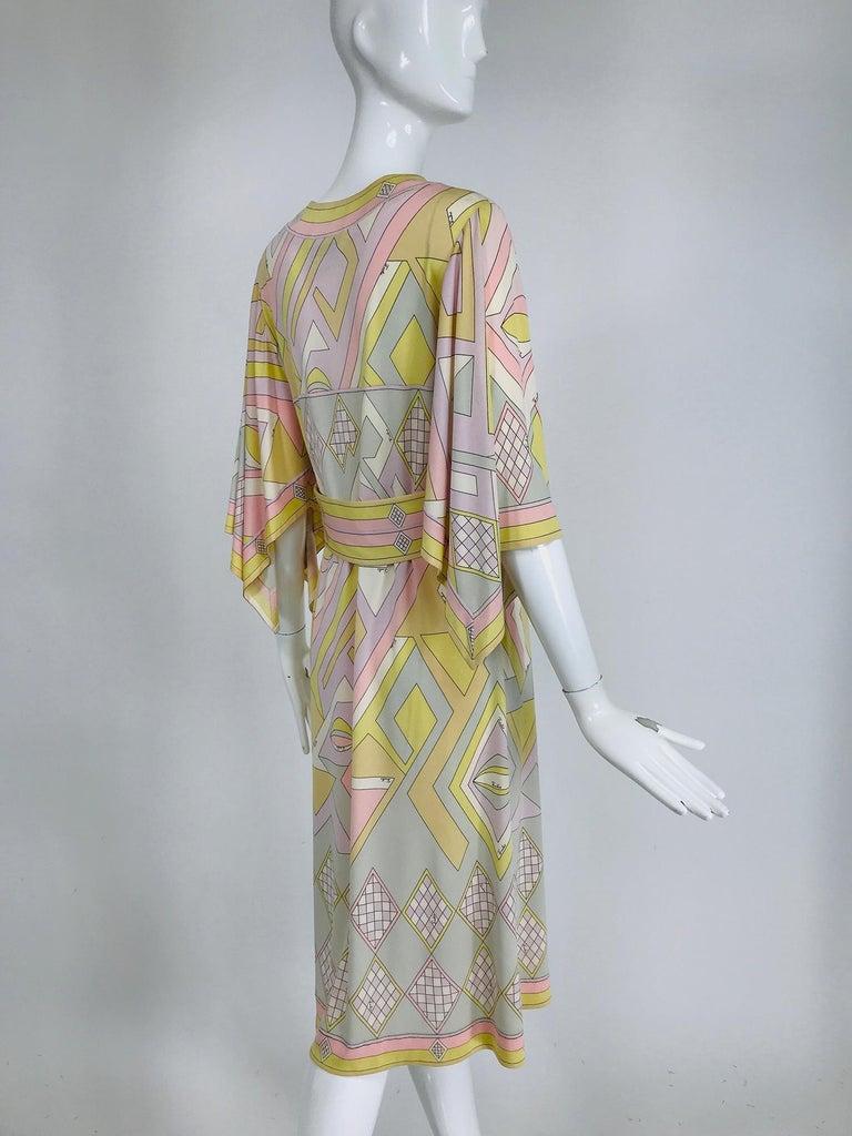 Emilio Pucci Vintage Silk V Neck Kimono Sleeve Day Dress  For Sale 2