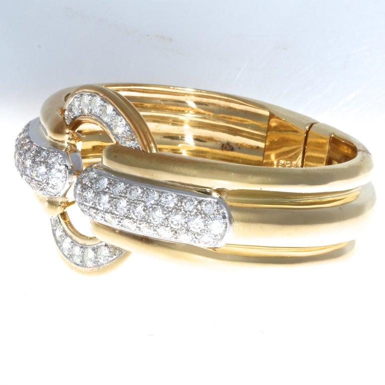 Contemporary Emis Diamond 18 Karat Gold Platinum Bangle For Sale