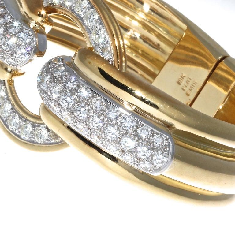 Emis Diamond 18 Karat Gold Platinum Bangle In Excellent Condition For Sale In Beverly Hills, CA