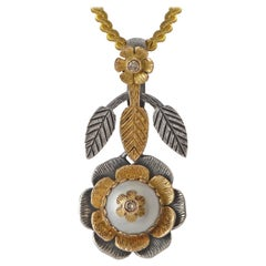 Emma Chapman Pearl Diamond 18 Karat Yellow Gold Pendant
